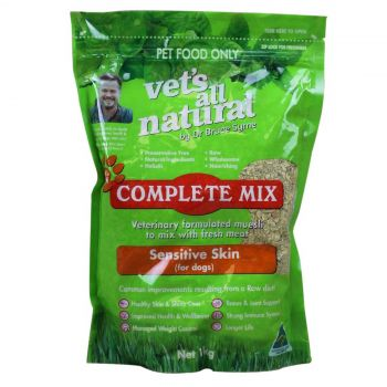 Vets All Natural Complete Mix Dogs with Sensitive Skin Dog Food 1kg
